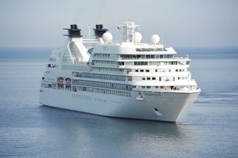 cruise-ship-cruiser-cruise-ship-144237